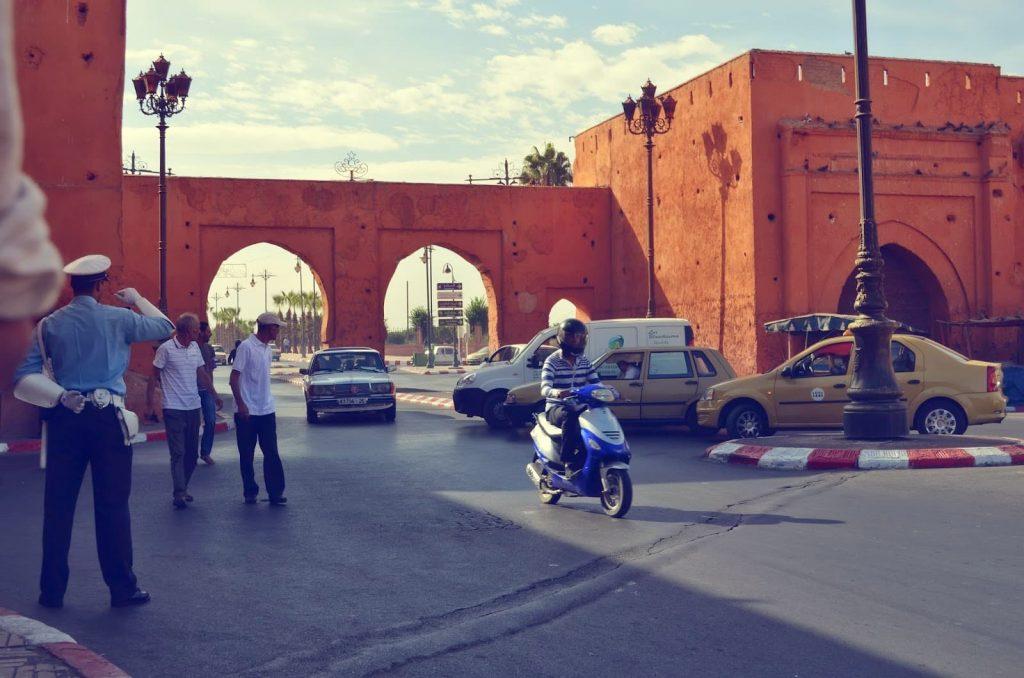 En las ciudades el tráfico suele ser caótico