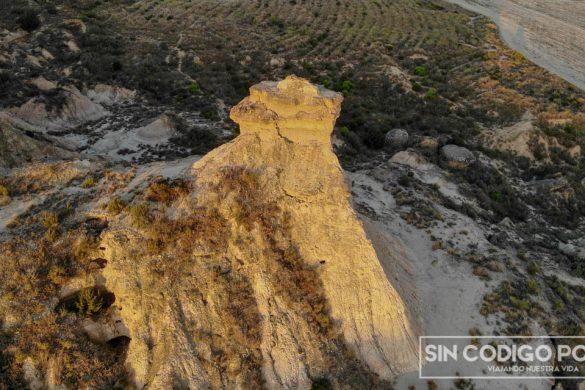 Un tozal del desierto de Monegros