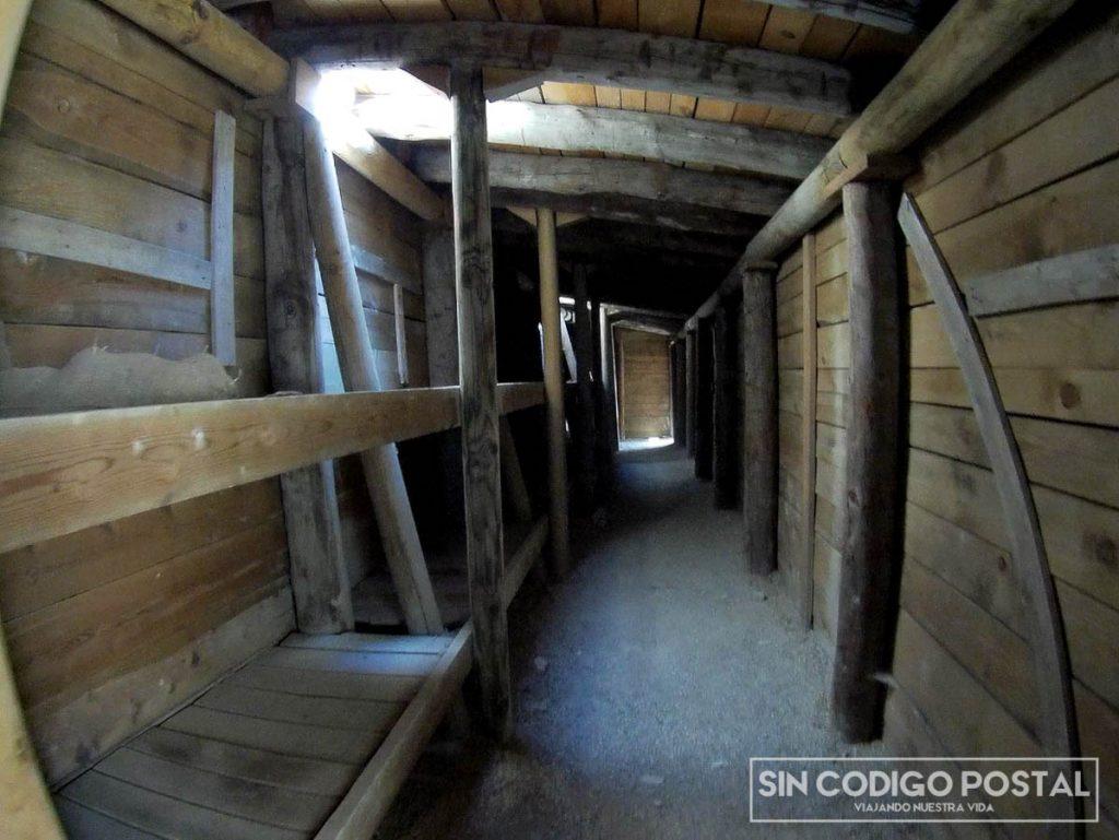 Barracones y lugar de descanso zona de las Tres Huegas, Monegros
