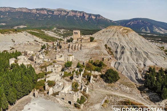 Vista aérea del pueblo abandonado de escó