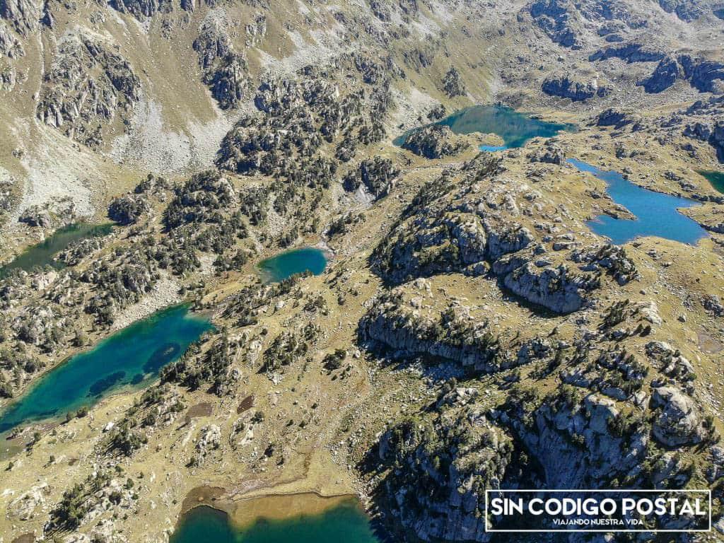 Fotografía aérea de los lagos de Colomers