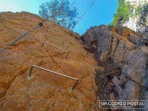 Escaleras en la vía de Sant Feliu de Guixols