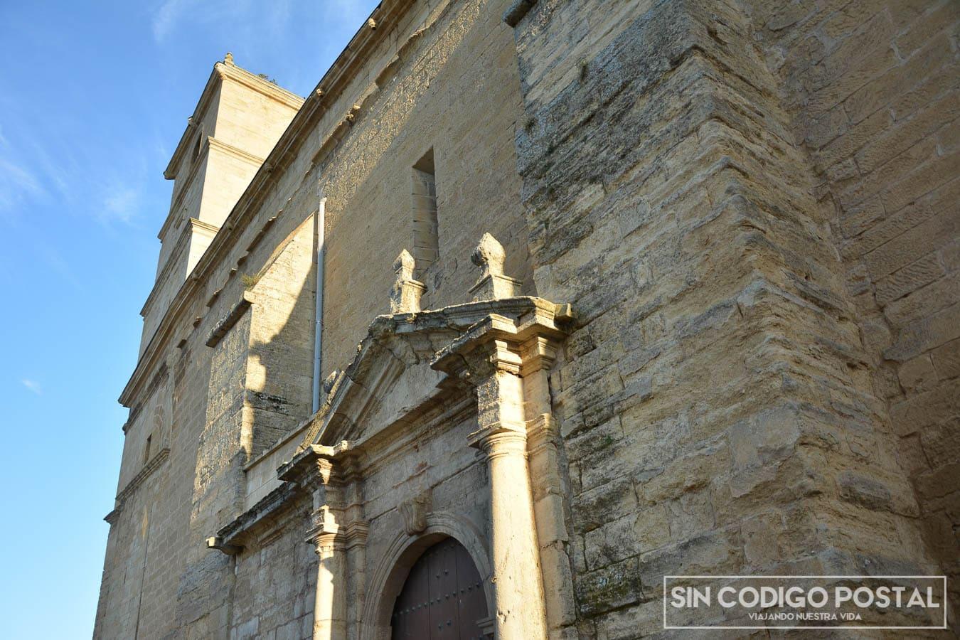 Fachada de la iglesia de la Encarnación