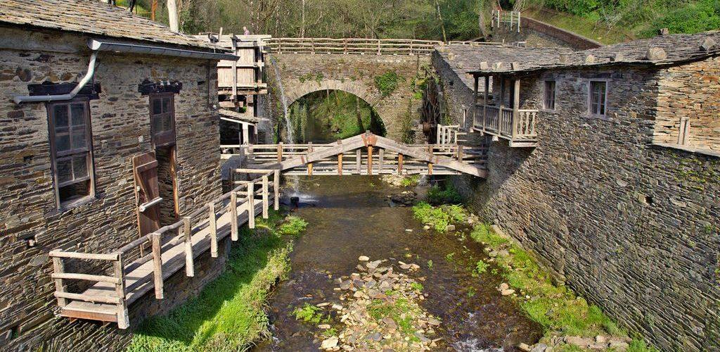 Molinos en la comarca de TaramundiMolinos en la comarca de Taramundi