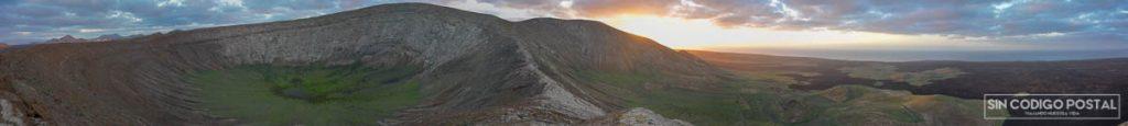 Impresionante panorámica desde el volcán de Caldera Blanca
