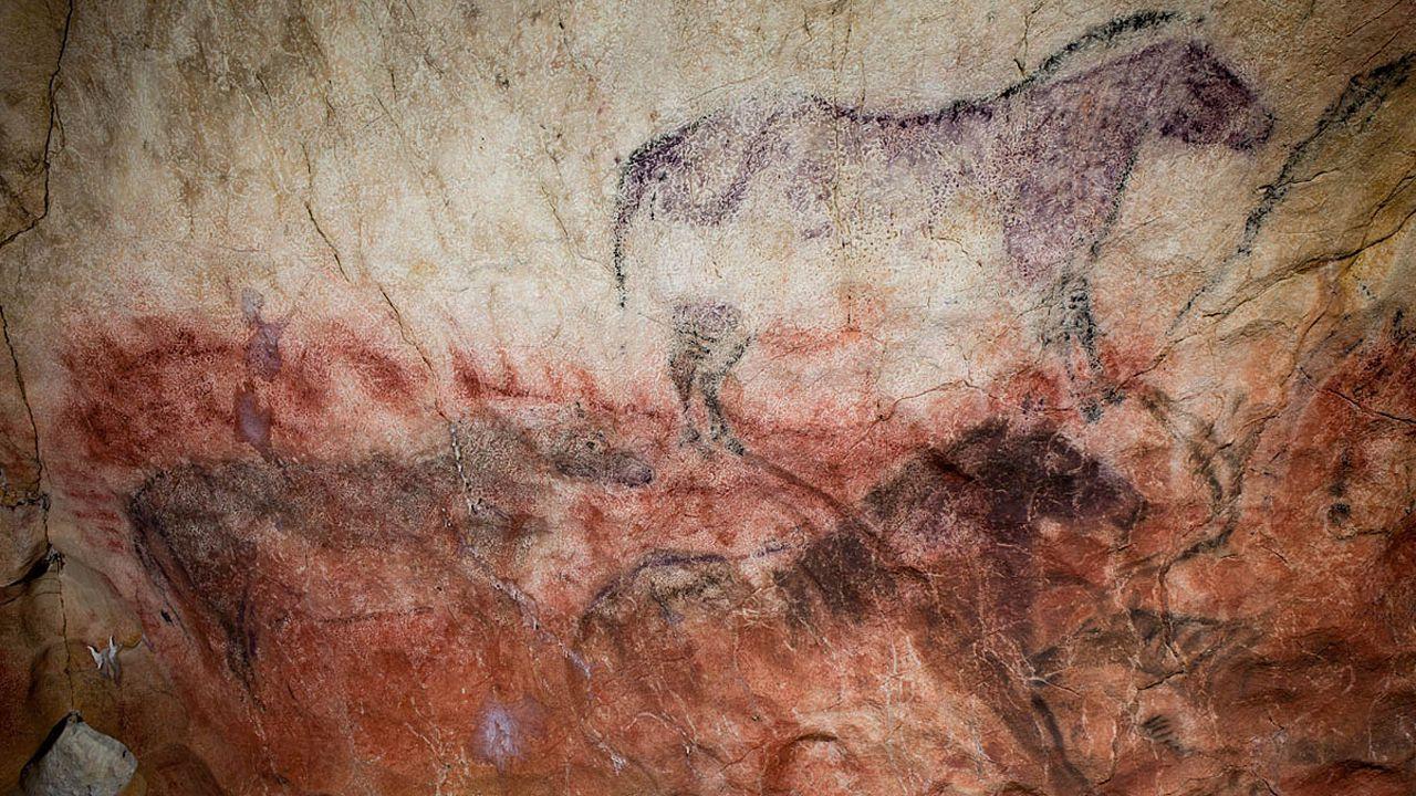 Pinturas de arte rupestre en Tito Bustillo