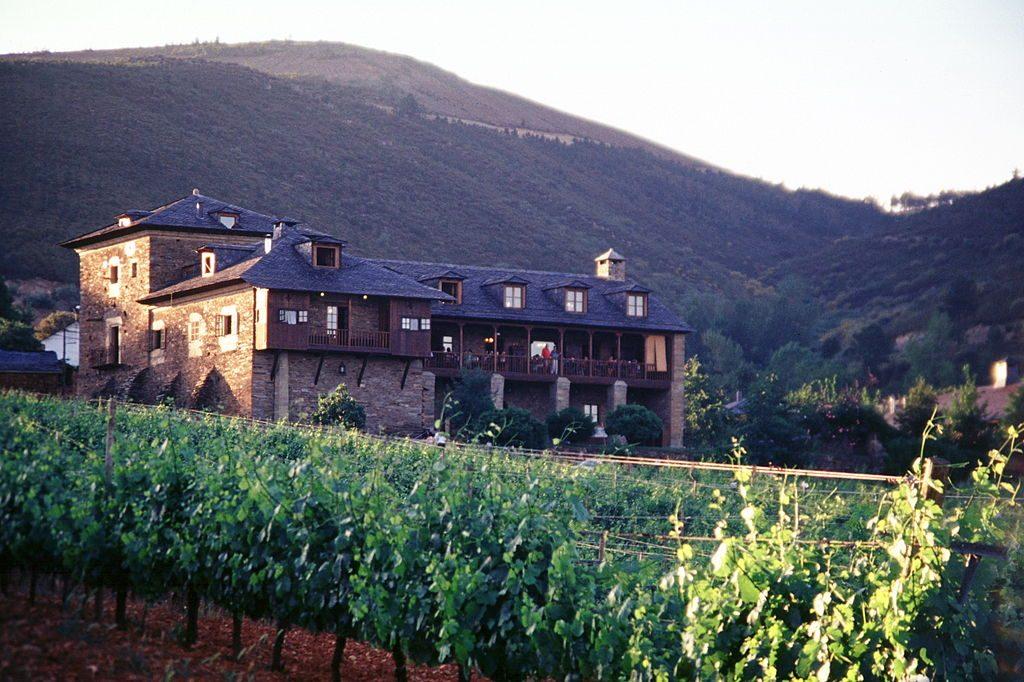 Palacio de Canedo, una bodega del Bierzo.
