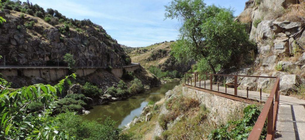 Parte del paseo de la senda verde o ecológica de Toledo
