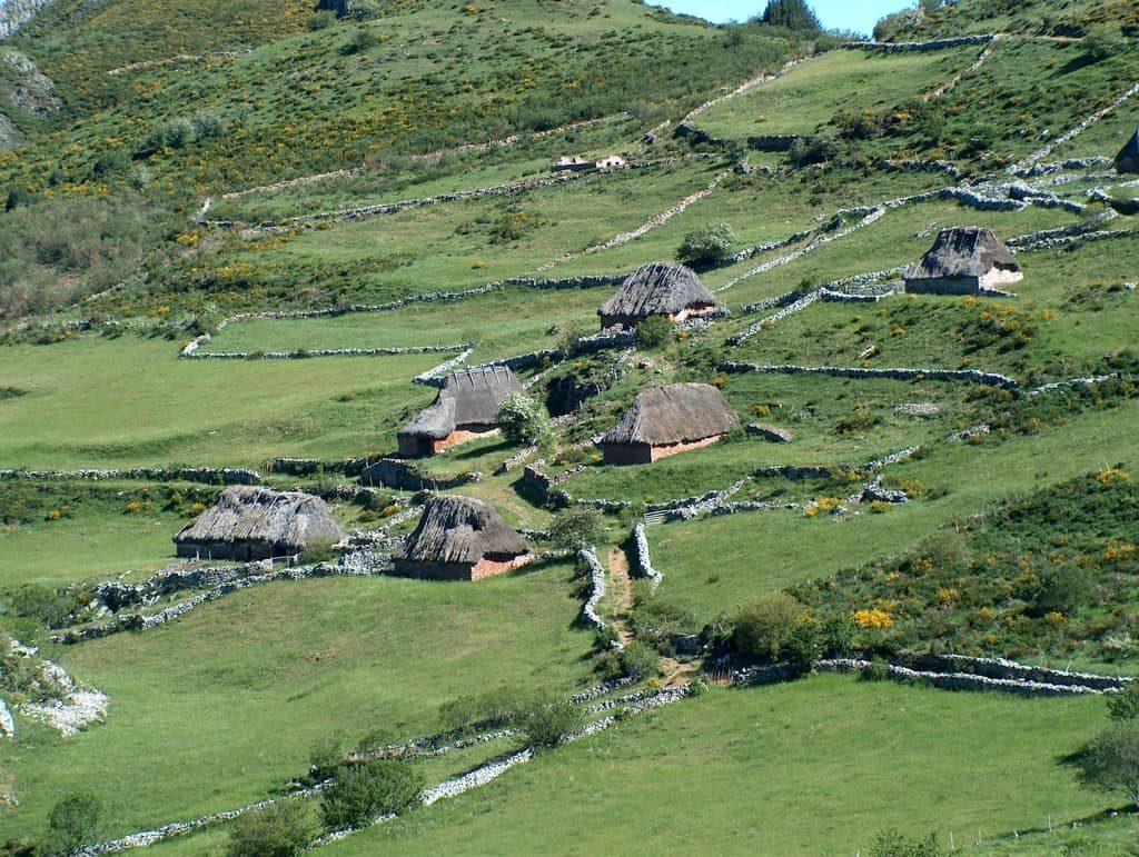 Un pequeño poblado, o Braña