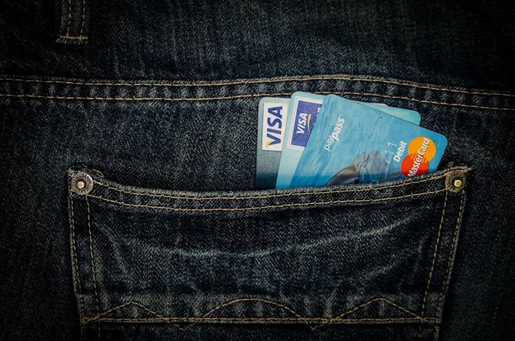 Algunas tarjetas de crédito y de asociaciones tienen seguros de viaje incluidos