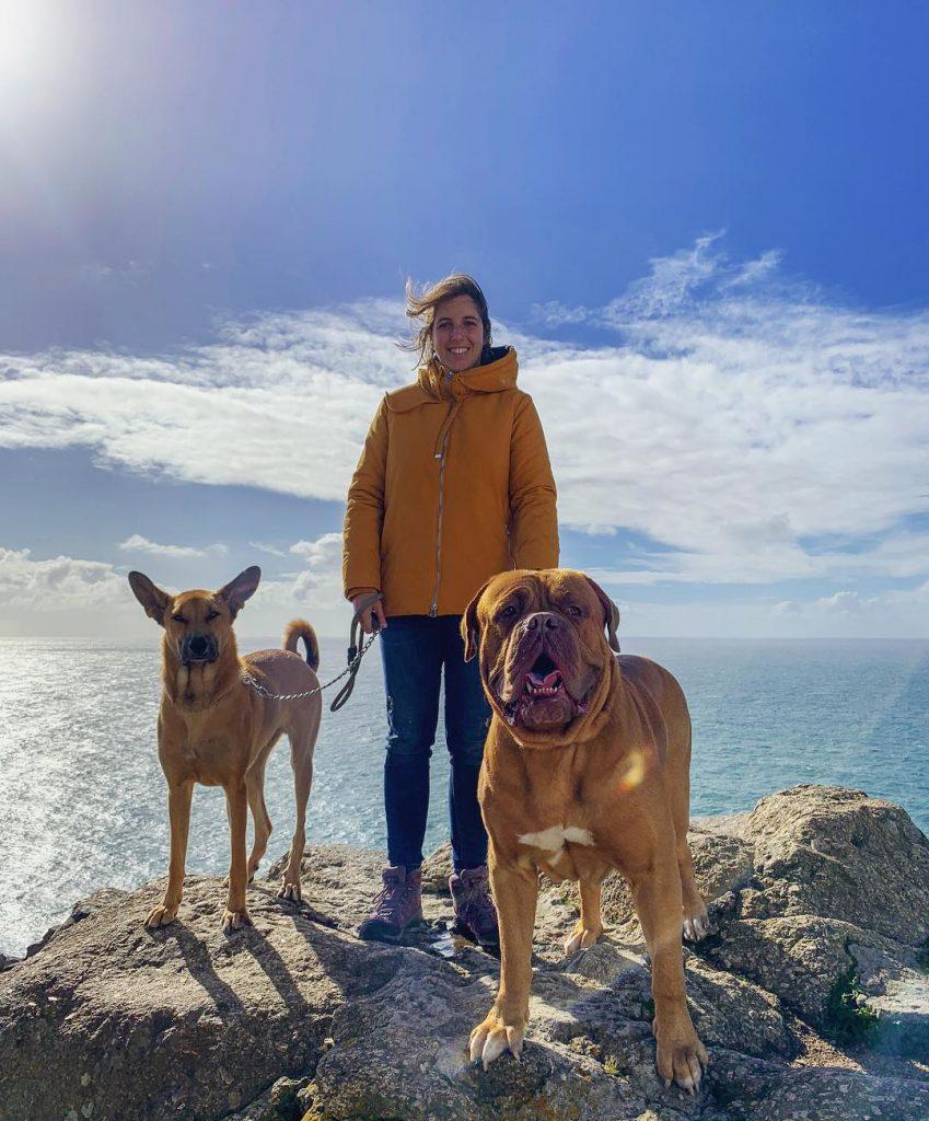 Ana con los perretes