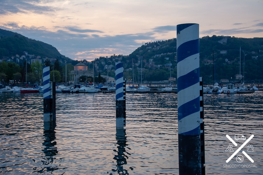 Atardecer en el paseo marítimo de Como