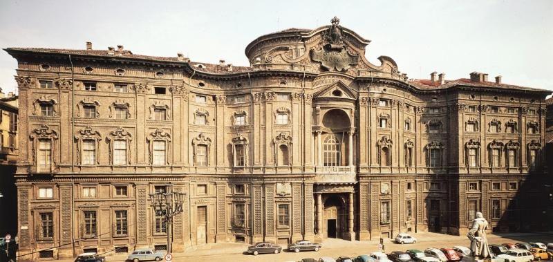 Foto antigua del Palacio Carignano