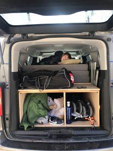 Viajar con niños en una furgo camper. Totalmente posible