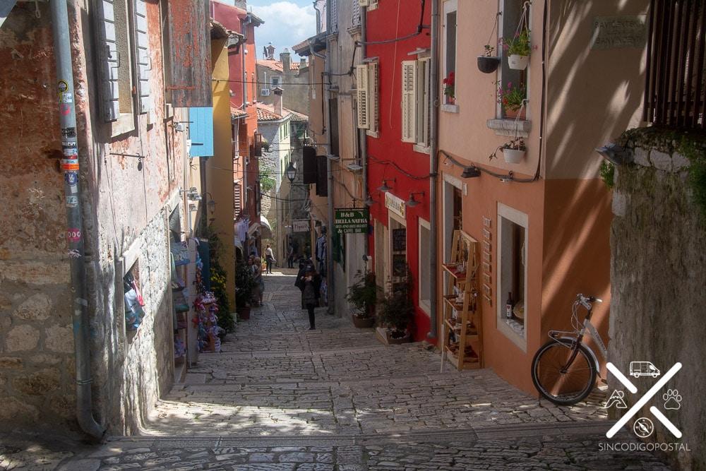 Calle de comercios en Rovinj