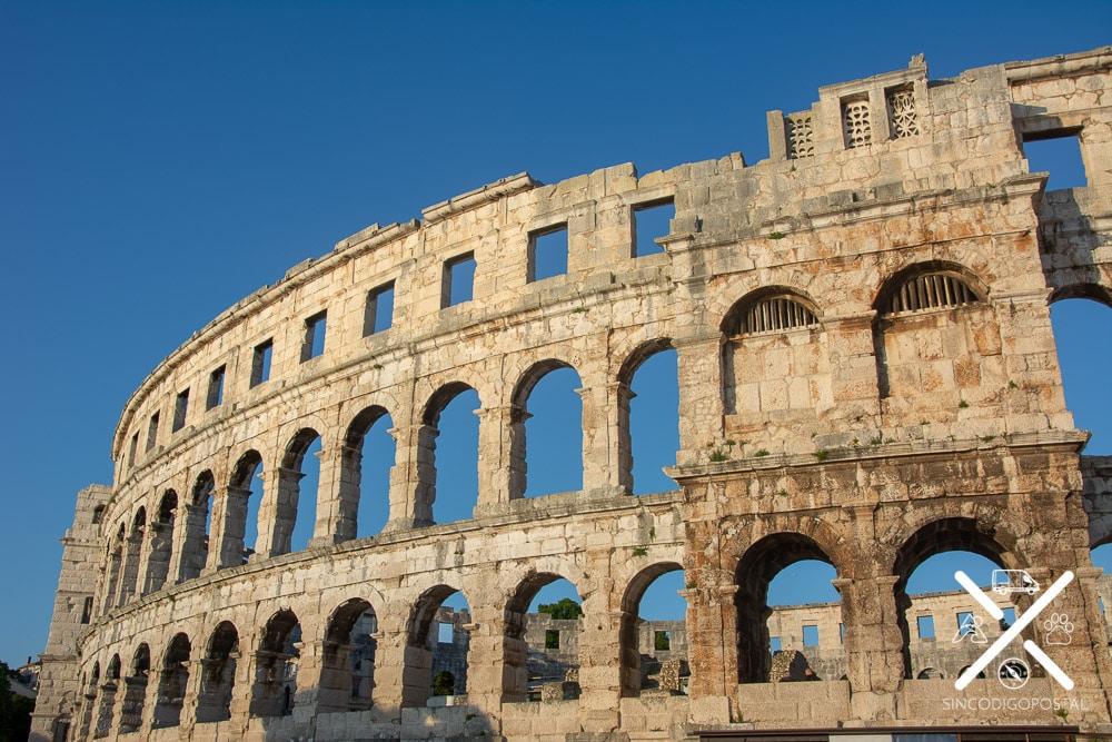 Coliseo de Pula