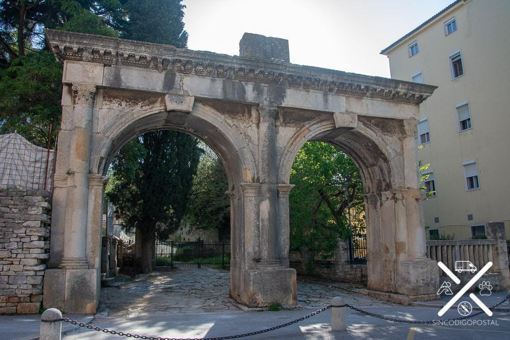 Puerta Gemina