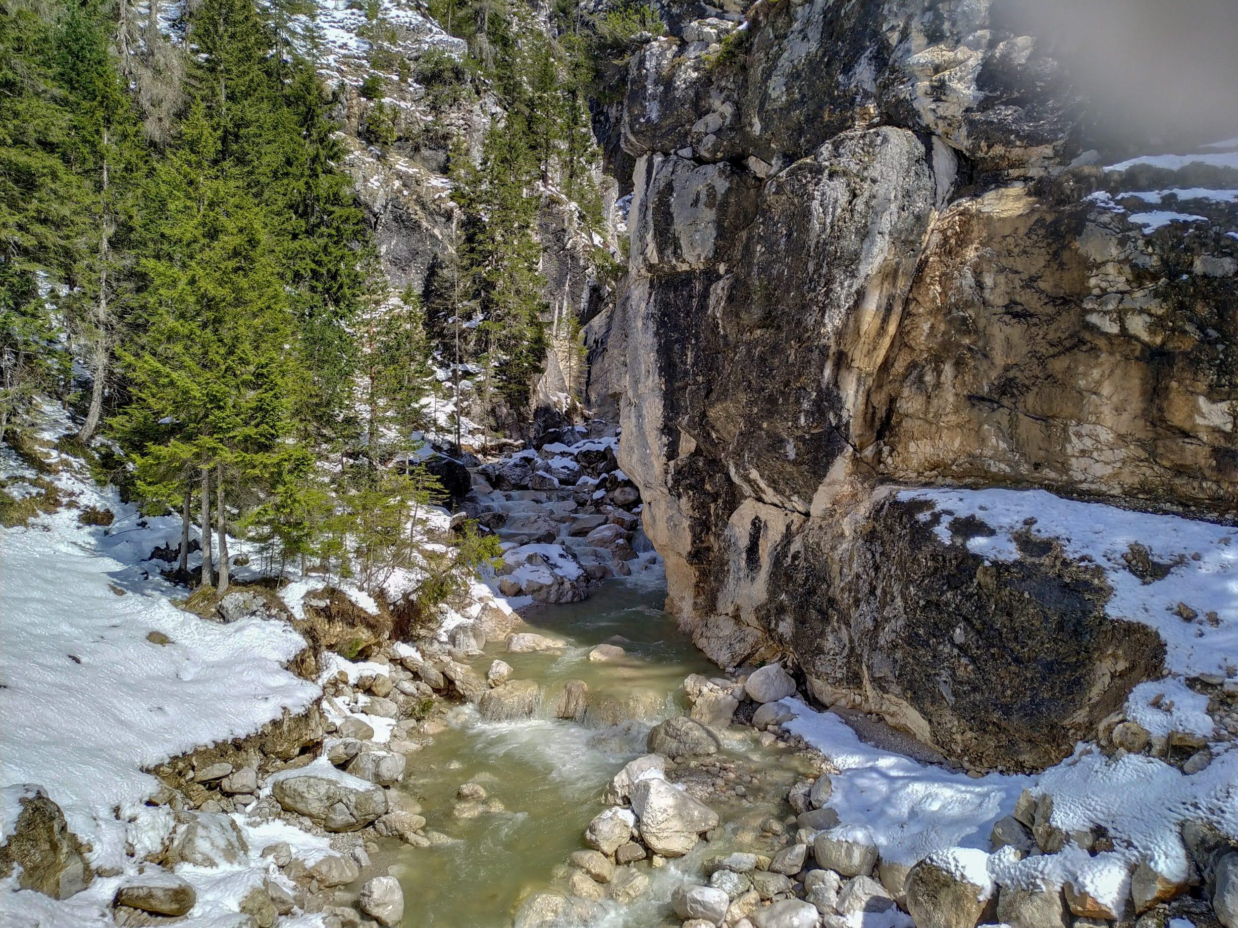 Río de la Cascada di Fanes