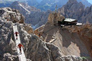 Una de las vias ferratas en los Dolomitas