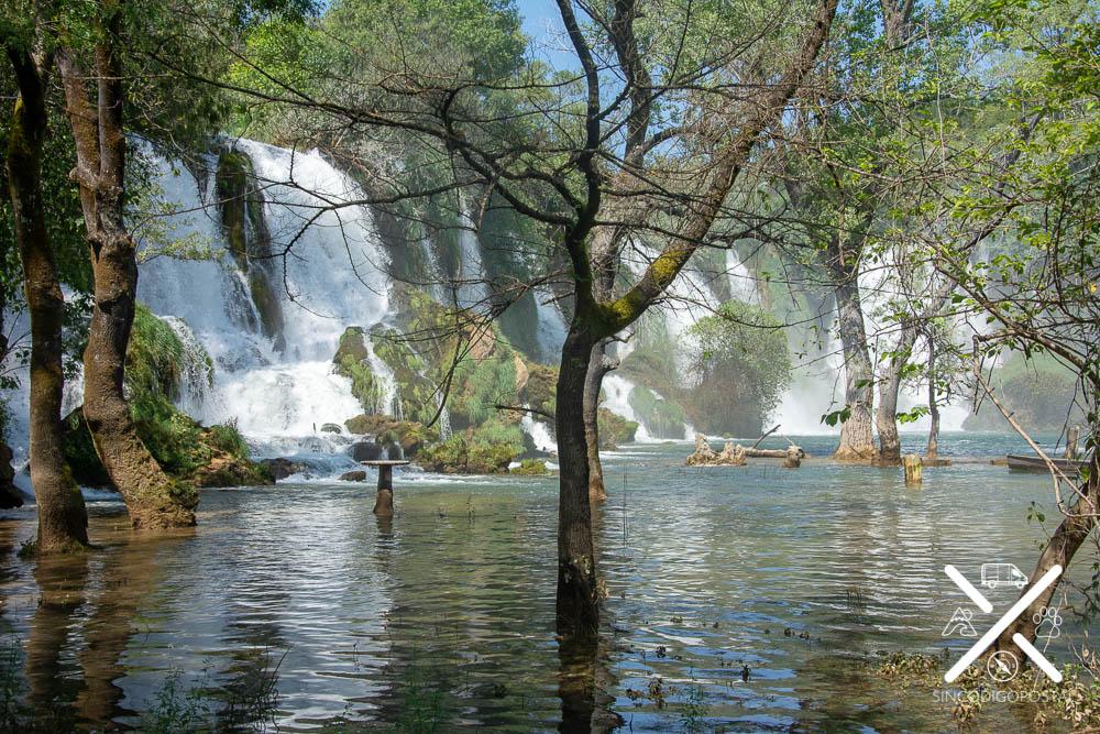 Cascadas de Kravica por la parte de entrada gratuita