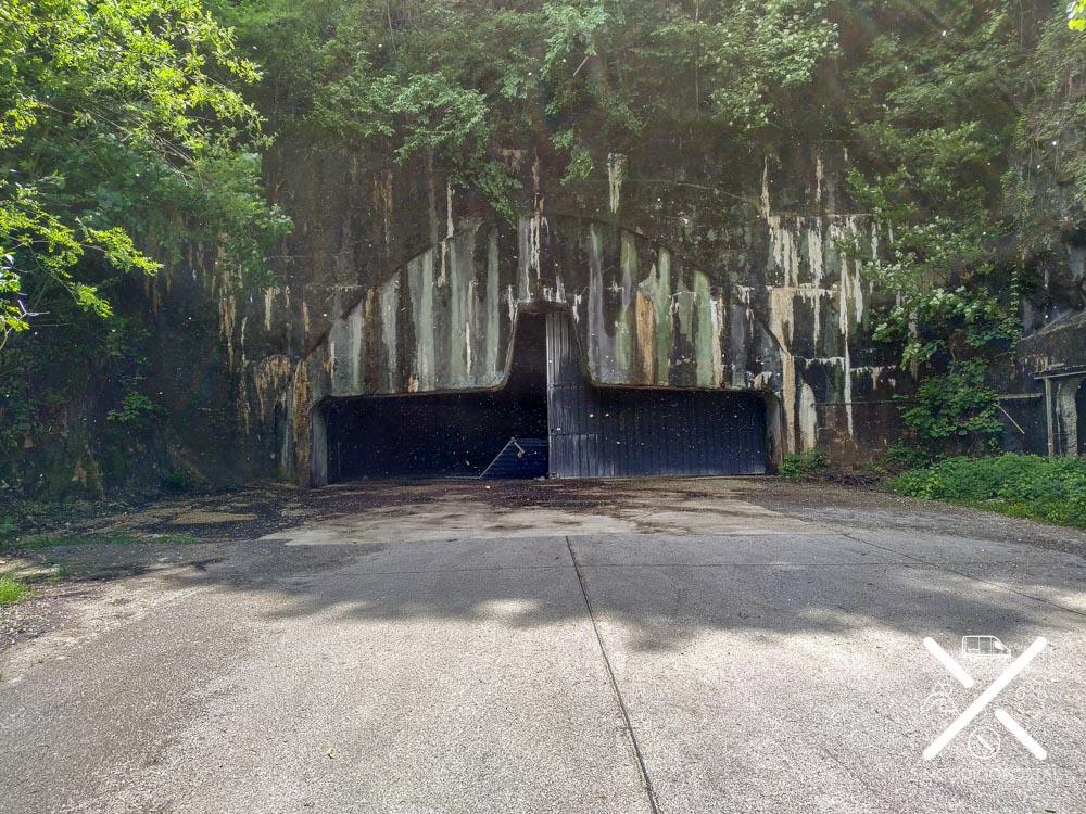 Entrada al bunker