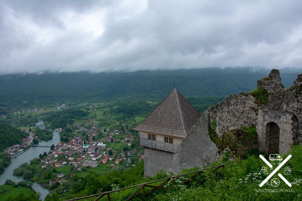 Castillo Old Town Ostrovica de Orasac