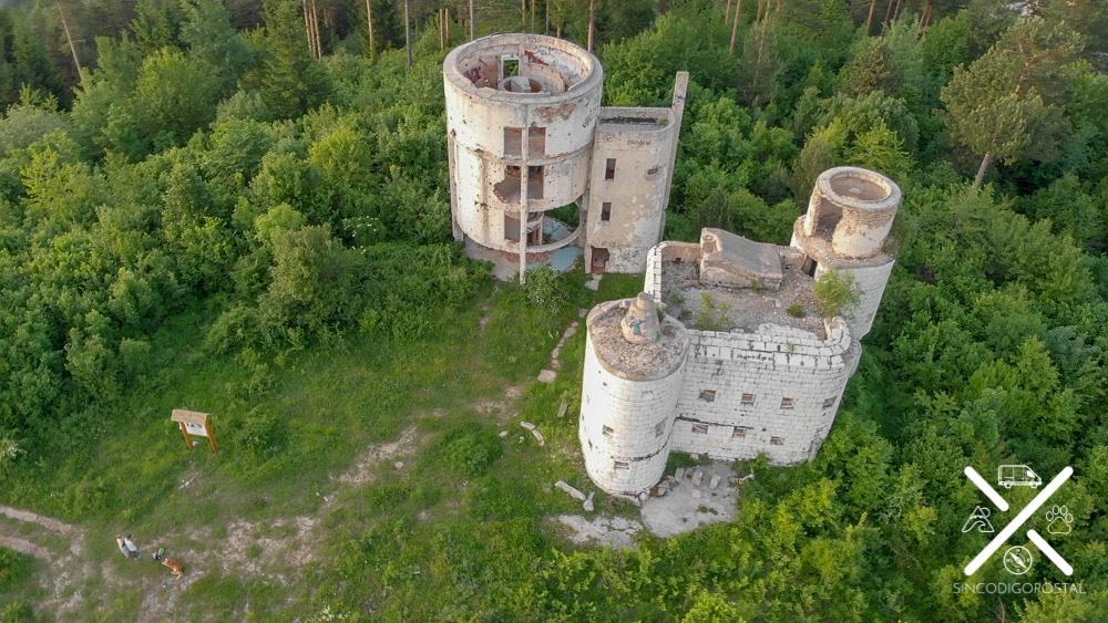Edificios derruidos anteriormente observatorios