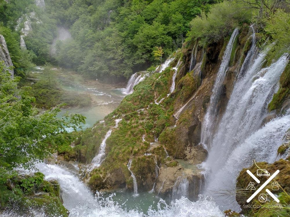 Naturaleza pura en Plitvice, Croacia