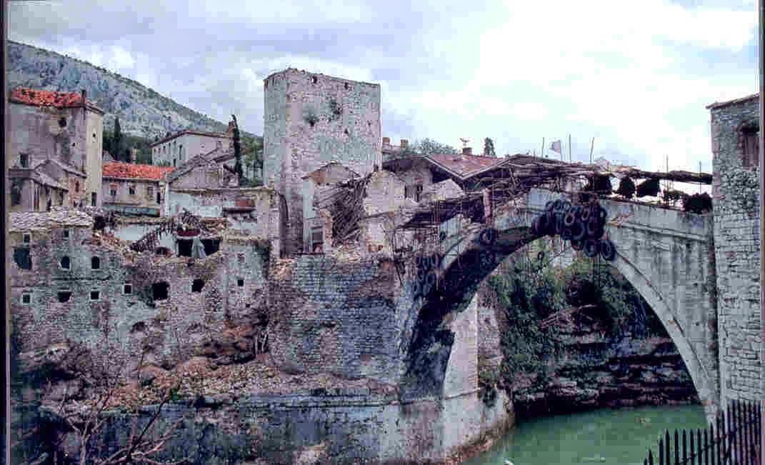 Puente antiguo de la ciudad de Mostar