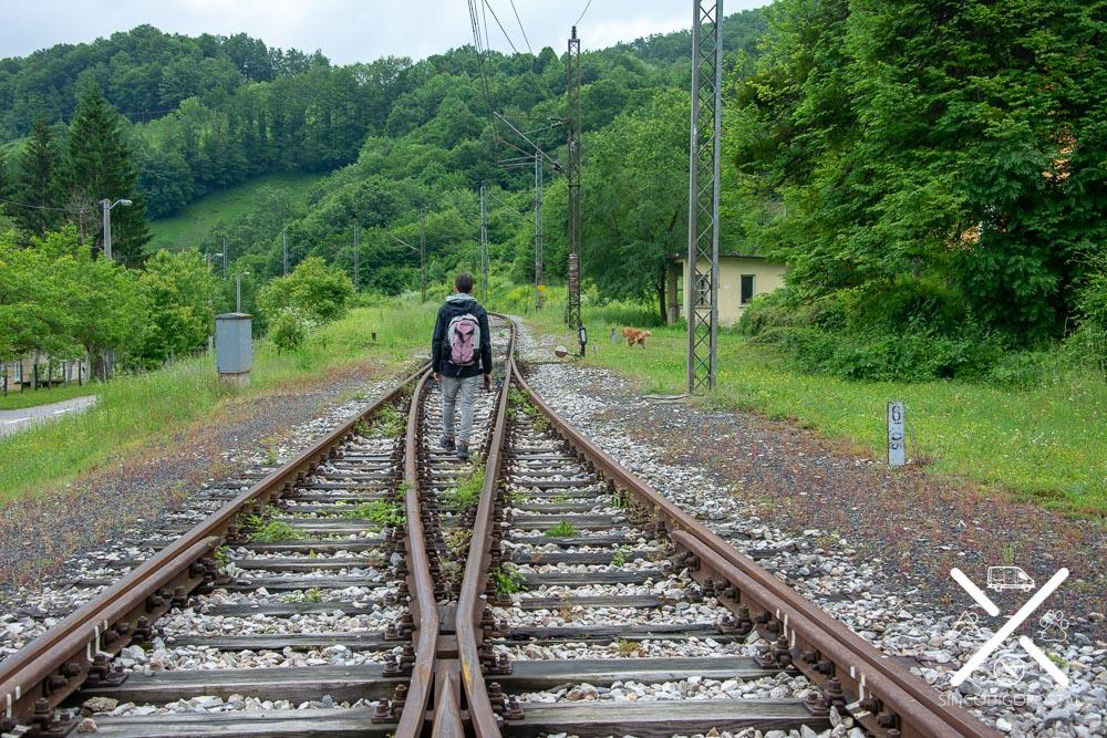 Vía de Tren para subir al Castillo de Orasac