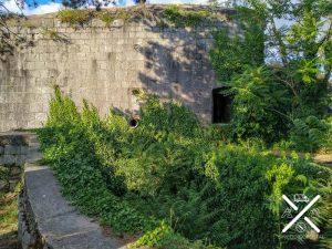 Fachada del Búnker de Kotor