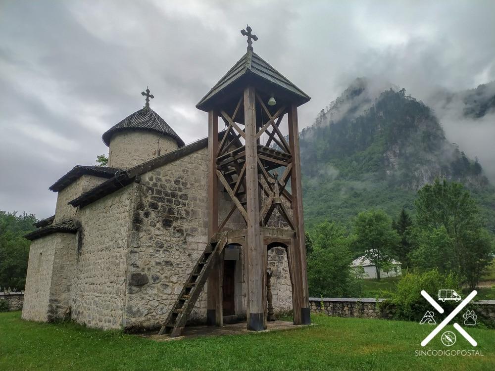 Monasterio del Parque Natural de Durmitor