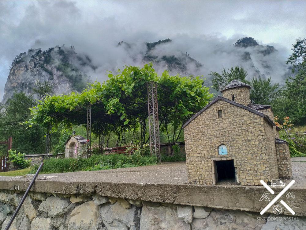 Pequeña maqueta en el monasterio de Durmitor
