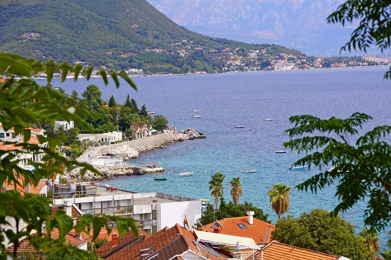 "All Perast is surrounded by beaches ""width ="" 1280 ""height ="" 853 ""srcset ="" https://sincodigopostal.com/wp-content/uploads/2019/08/Todo-Perast-esta-rodeado-de-playas. jpg 1280w, https://sincodigopostal.com/wp-content/uploads/2019/08/Todo-Perast-esta-rodeado-de-playas-300x200.jpg 300w, https://sincodigopostal.com/wp-content/ uploads / 2019/08 / All-Perast-is-surrounded-by-beaches-768x512.jpg 768w, https://sincodigopostal.com/wp-content/uploads/2019/08/Todo-Perast-esta-rodeado-de -playas-1024x682.jpg 1024w, https://sincodigopostal.com/wp-content/uploads/2019/08/Todo-Perast-esta-rodeado-de-playas-500x333.jpg 500w, https://sincodigopostal.com /wp-content/uploads/2019/08/Todo-Perast-esta-rodeado-de-playas-800x533.jpg 800w, https://sincodigopostal.com/wp-content/uploads/2019/08/Todo-Perast- is-surrounded-of-beaches-1170x780.jpg 1170w, https://sincodigopostal.com/wp-content/uploads/2019/08/Todo-Perast-esta-rodeado-de-playas-585x390.jpg 585w, https: //sincodigopostal.com/wp-content/uploads/2019/08/Todo-Perast-es ta-surrounded-de-playa-263x175.jpg 263w, https://sincodigopostal.com/wp-content/uploads/2019/08/Todo-Perast-esta-rodeado-de-playas-600x400.jpg 600w ""sizes = ""(max-width: 1280px) 100vw, 1280px"