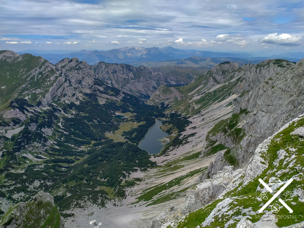 Vistas desde Bobotov Kuk en Montenegro