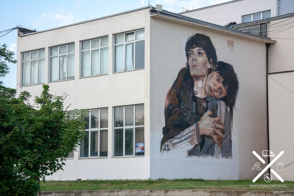 Zona de grafittis en la zona universitaria