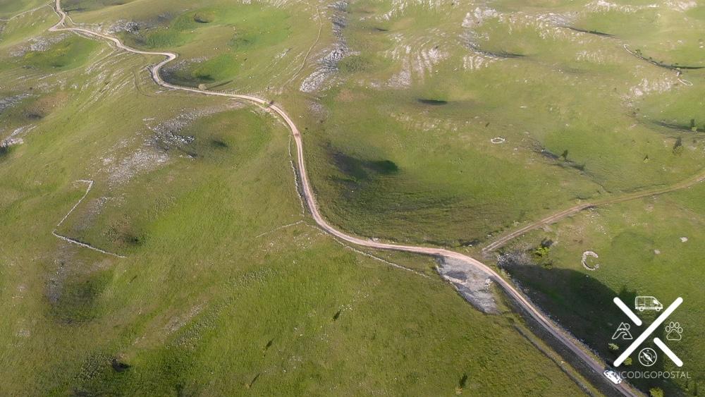 carretera que lleva hasta Lukomir