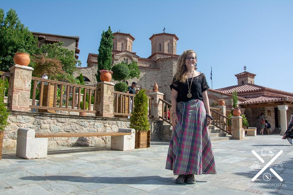 Rocío dentro de un monasterio