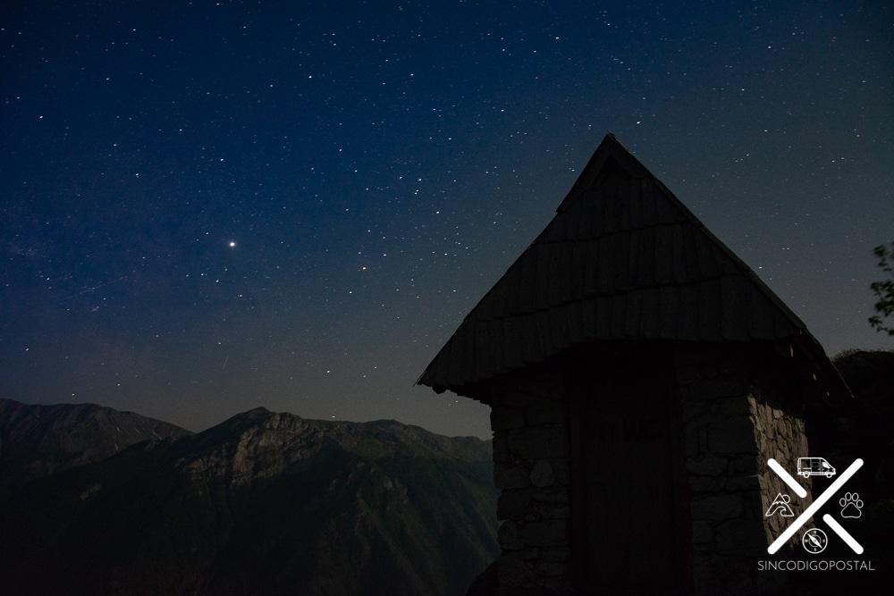 Vistas de noche en Lukomir