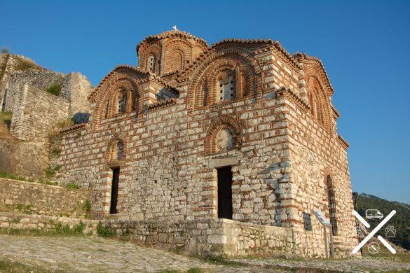 Iglesia ortodoxa dentro del Castillo de Berat