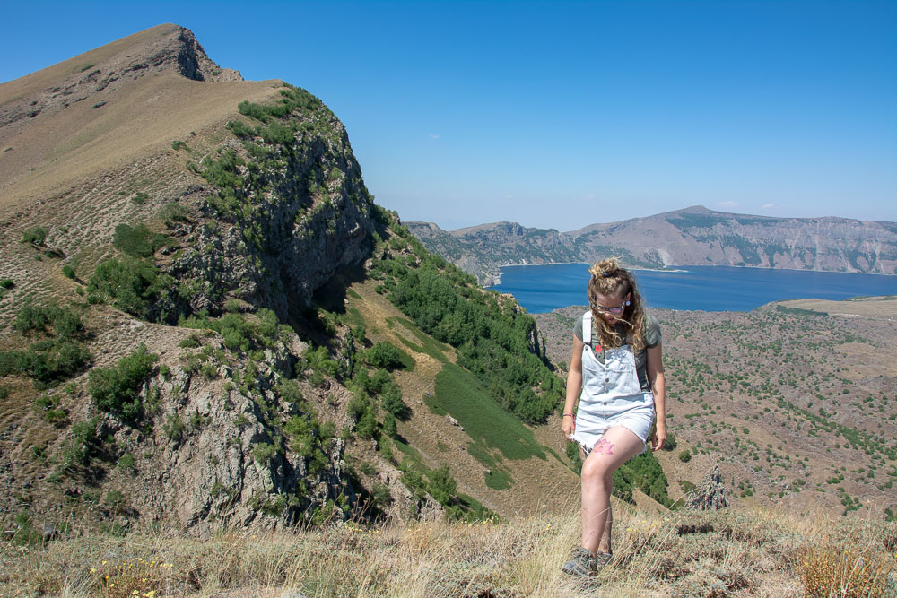 Subiendo a la cresta del Volcán Nemrut
