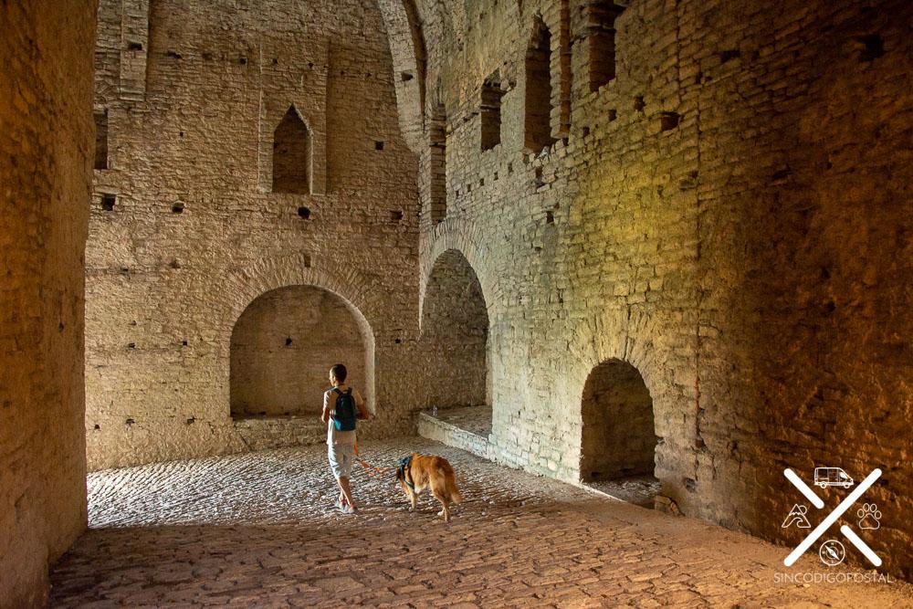 Descubriendo el Castillo de Gjirokastra