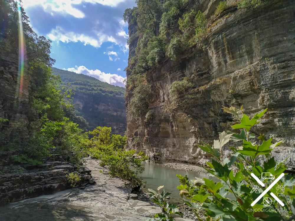 Inicio del descenso en el Cañón Osumi