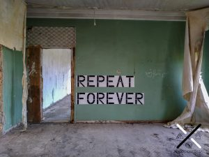 Mensajes espontáneos que te vas encontrando en el interior del balneario