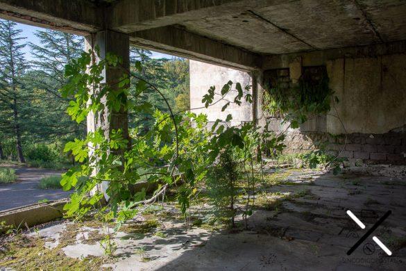 Salones del hotel abandonado
