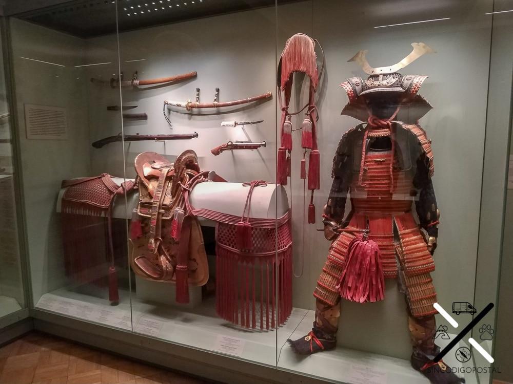En el Museo del Hermitage también hay exposiciones con objetos de muchas otras épocas y culturas