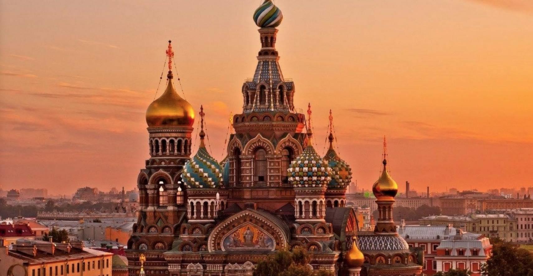 Hacer un FreeTour para descubrir las maravillas de San Petesburgo
