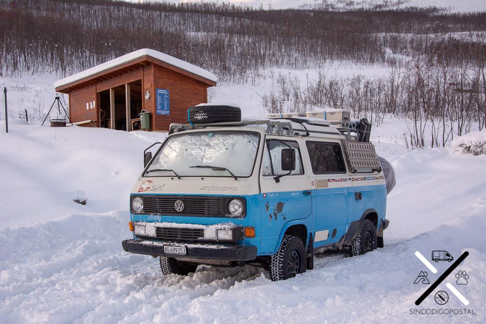 Una camper 4x4 (VW T4)