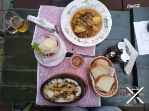 En Sarajevo, la cazuela es un plato vegetariano, estilo estofado súper rico