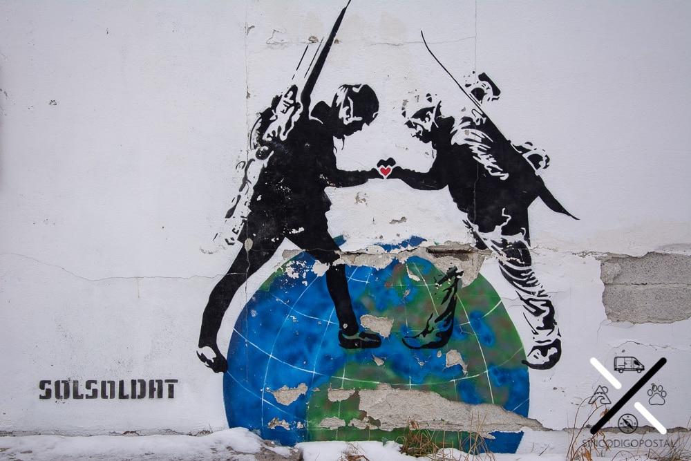 Graffitis escondidos por los rincones